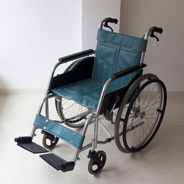 車椅子16